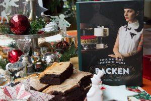 Unsere selbst gebackenen Käsekuchen-Brownies »al Formaggio« nach dem Rezept aus Dolci, Tartes und zauberhafte Kuchen backen / Melissa Forti